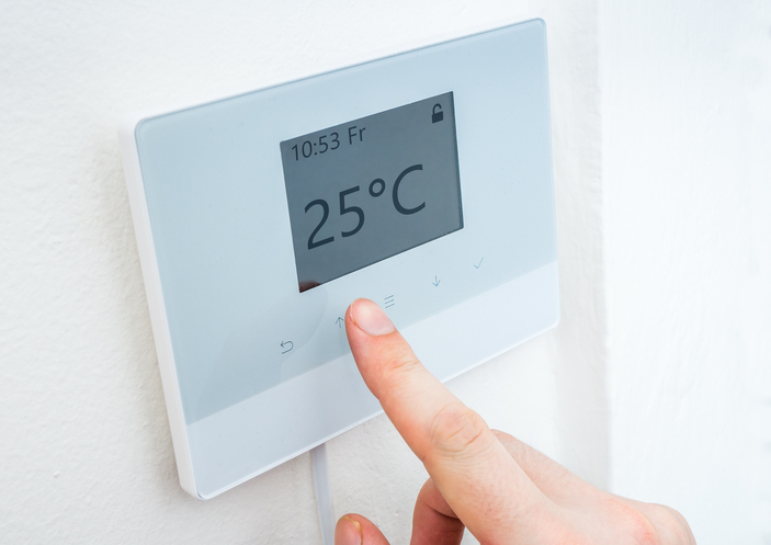 keep cool on a budget thermostat